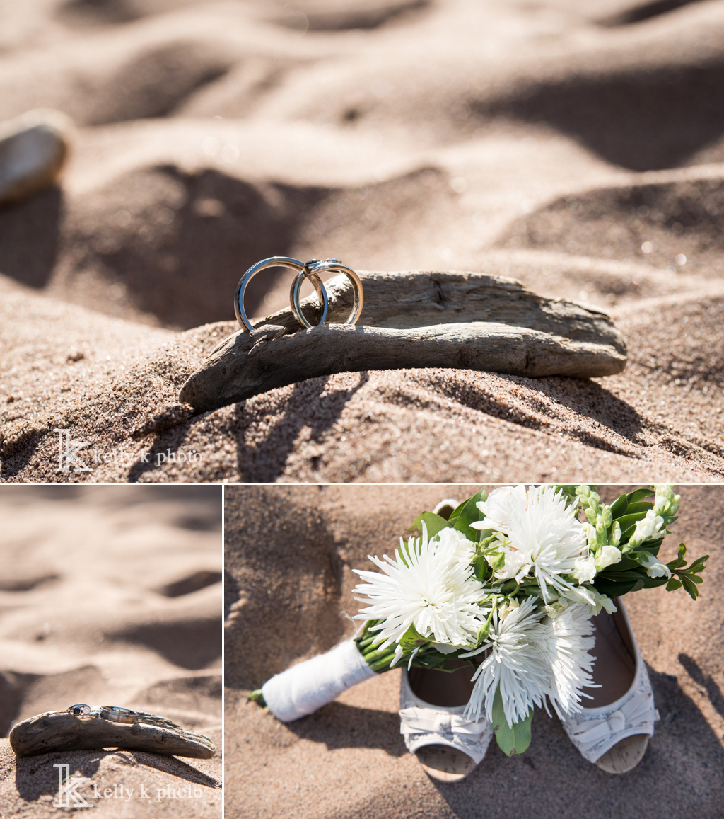 11_WeddingRingsOnBeach-Driftwood